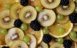 Excesso de vitamina C: causas, sintomas e prevenção